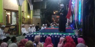 Rutinitas Setiap Tahun, Pedagang Minangkabau Bersama Warga Menyelenggarakan Maulid Nabi Muhammad SAW